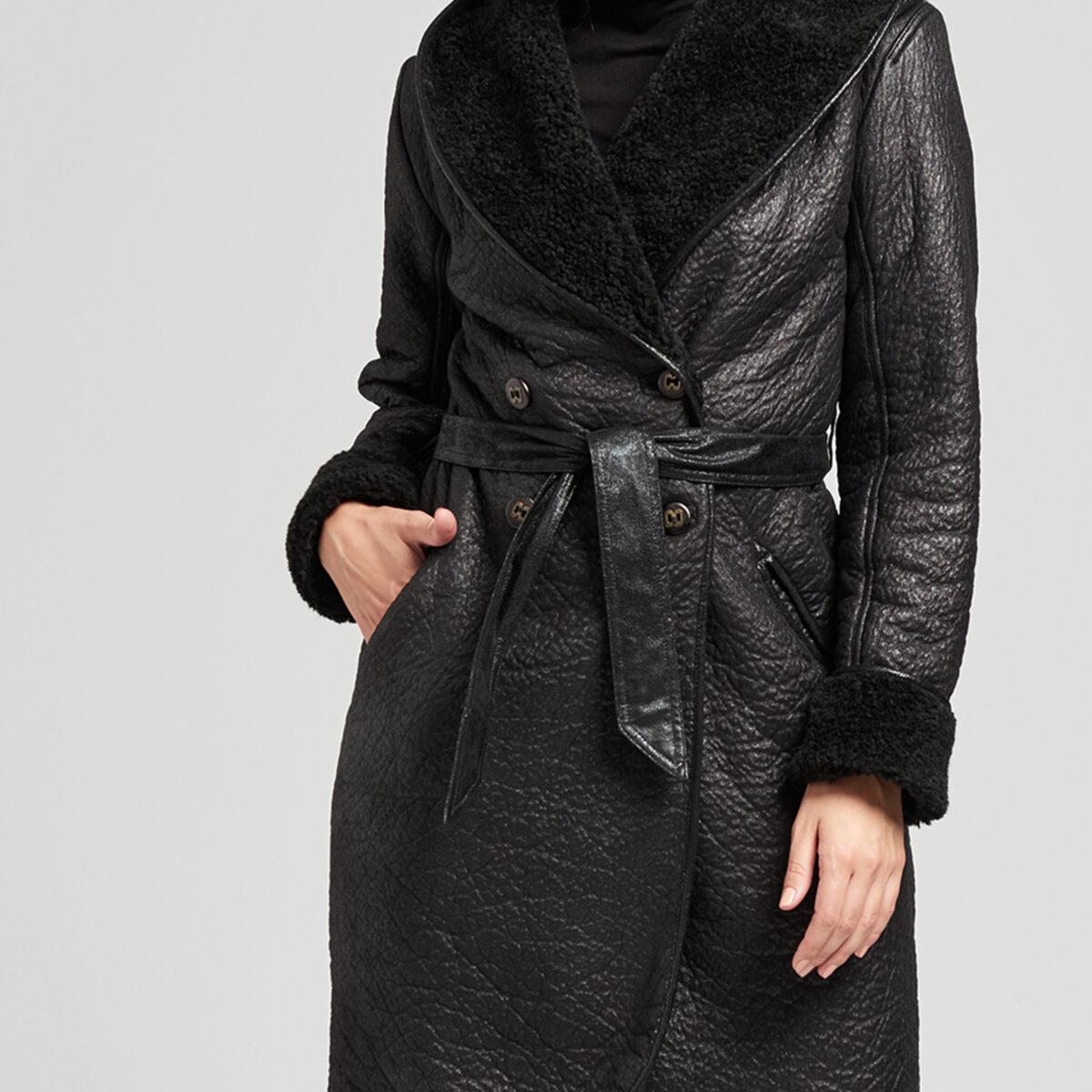 Płaszcz Calgary kolor czarny, eko kożuch. Kolekcja JesieńZima AB Nahlik