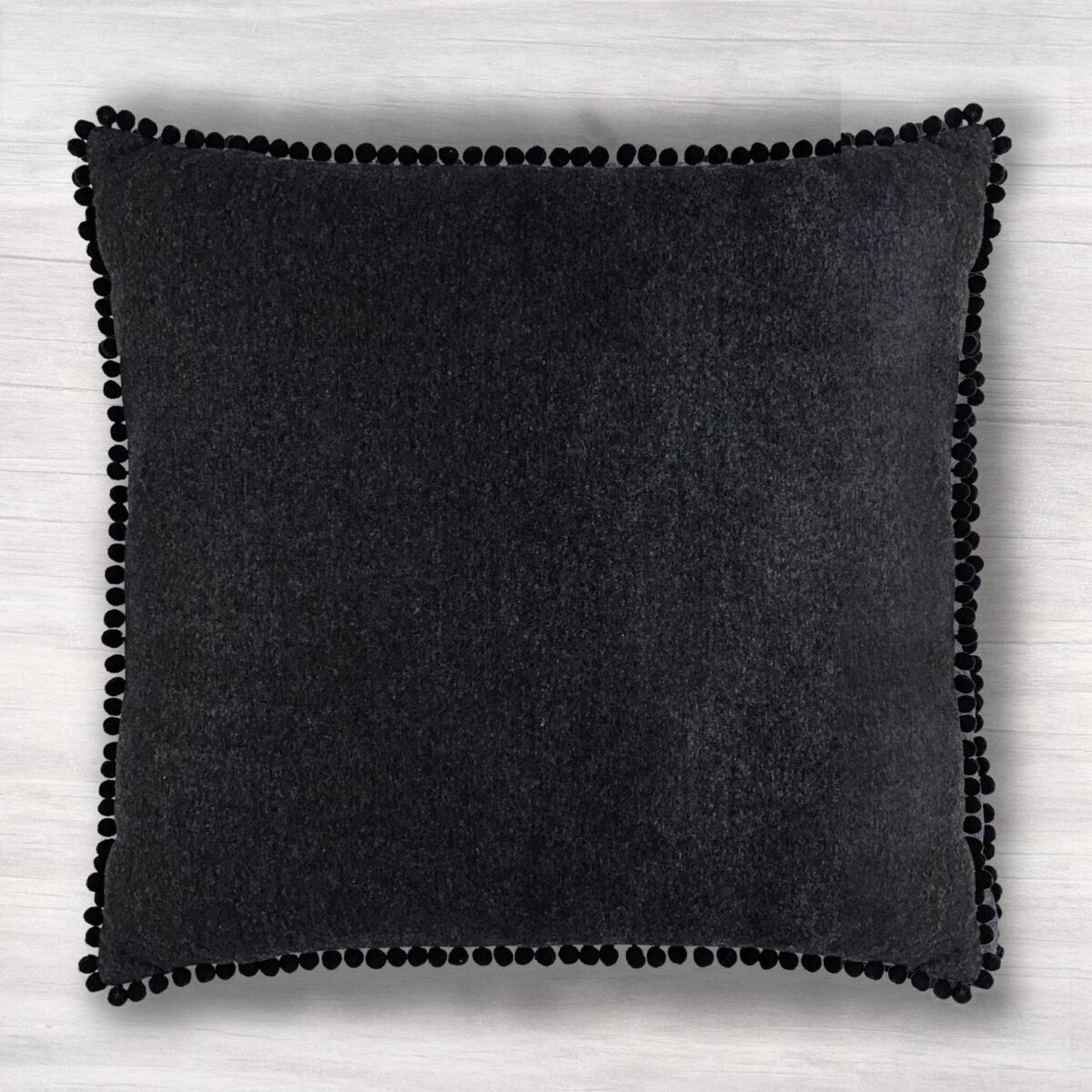 Poduszka dekoracyjna. Dekoracja wnętrz. AB Nahlik kolekcja Home &Spa